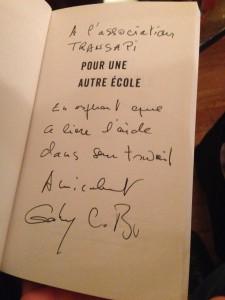 Gaby Cohn Bendit dédicace son livre pour encourager Transapi